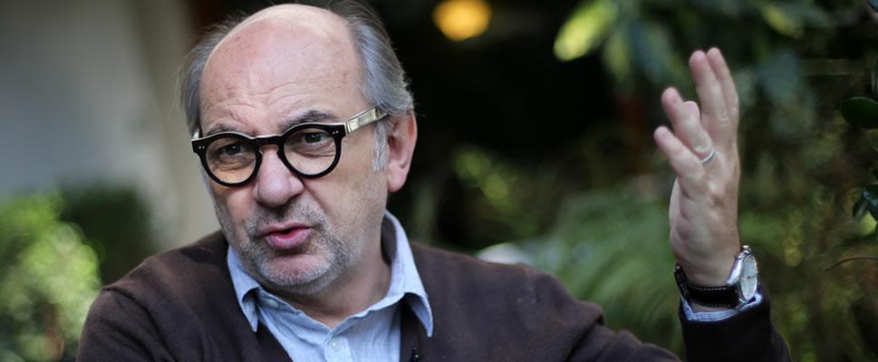 Luis Gnecco: Yo hice mi versión de Neruda, le puse mi voz, mi cuerpo